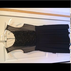 Above knee max and Cleo women size 4 dress