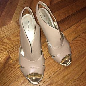 Bandolino nude heels, size 8.5