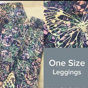 曆 NWT OS LLR Butterfly Printed Leggings 曆