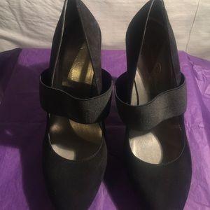 Size 9 Jessica Simpson suede pumps