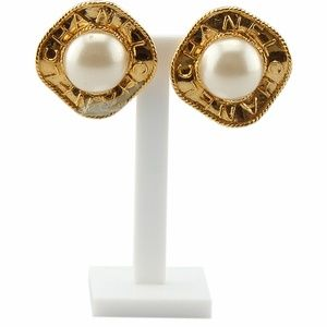 Chanel Faux Pearl Clip-on Earrings 136759