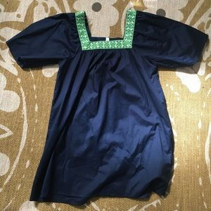 GapBody! Cute dress with lime green embroidery