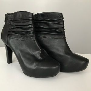 Me Too Black Soft Leather Lloyd Ankle Booties