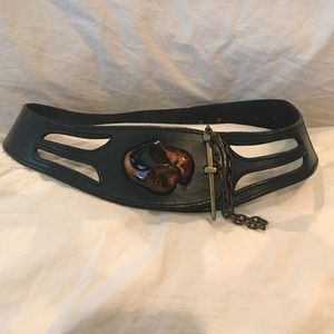 Accessories - Vintage Leather Belt w Wood Accent Pin Closure
