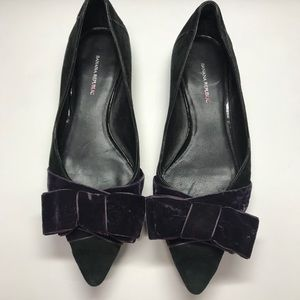 Banana Republic Black Suede w/Purple Bow Flat