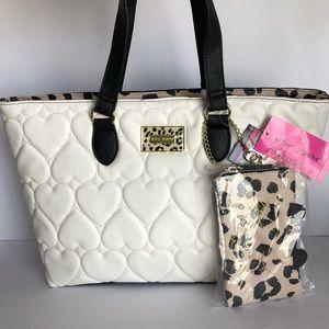 🎉SALE🎉Betsey Johnson leopard/heart tote bag