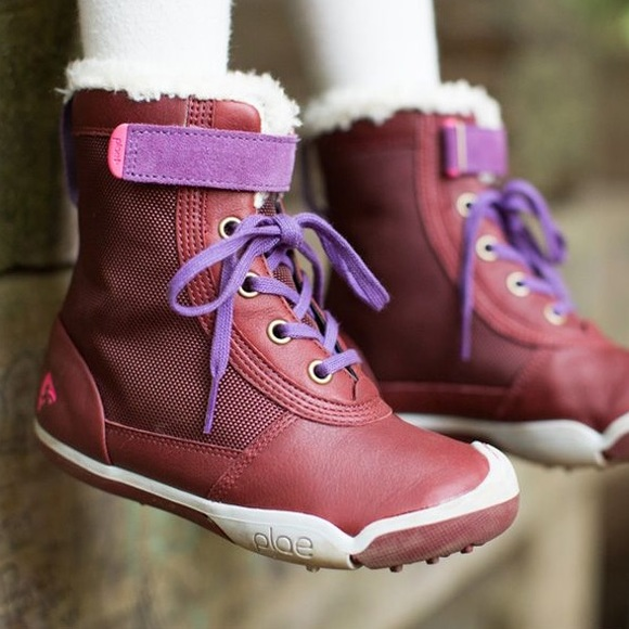 Plae Noel Waterproof Boots. M 59e78a492fd0b704cc09191f 710cdefe0f