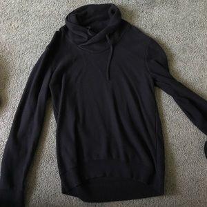 Express black pullover