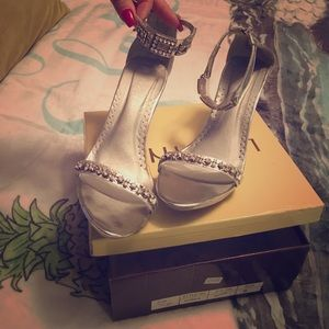 Silver prom/wedding shoes