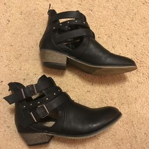 Buckle Black Booties