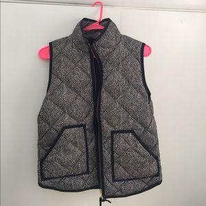 J crew houndstooth grey vest