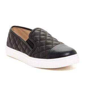 Nwob Steve Madden slip on quilted sneakers sz 7.5