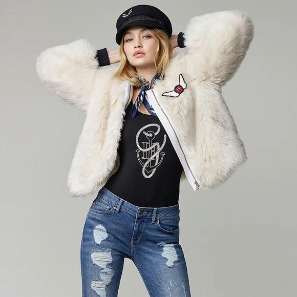 716ff7b1 Gigi Hadid Tommy Hilfiger Faux Fur Bomber Jacket. M_59e8cac04225bef72e0d7014