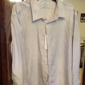 Men's Calvin Klein's dress shirt 👔