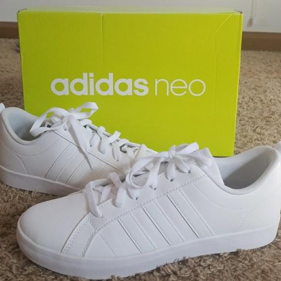 le adidas nwt tutte scarpe bianche poshmark