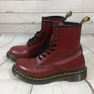 DR.MARTENS 11621 LEATHER BURGUNDY LACE UP BOOTS
