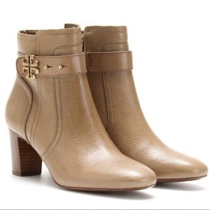 Tory Burch Elina Leather Big Logo Ankle booties