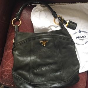 1 DAY SALE 💯 Authentic Prada hobo bag