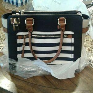 Aldo Brand new hand bag!!!!! For Sale!!!!