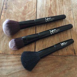 Bundle of Brushes 🦋 never used!