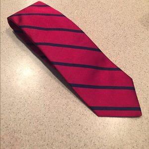 Brooks Brothers navy and red tie