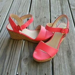 Boden coral pink wedges