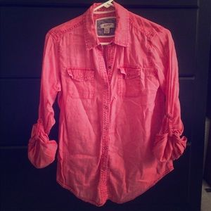 Long sleeve snap button up collared shirt