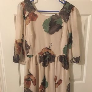 New Foreign Exchange Fall Dress- size M