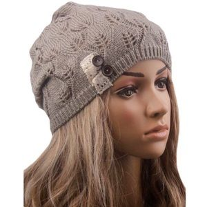 🆕 Button Hollow Out Beanie Hat NWT