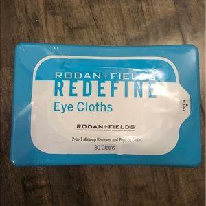 Rodan+Fields REDEFINE EYE CLOTHS