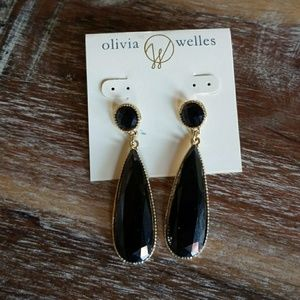 New Olivia Welles black & gold dangly earrings