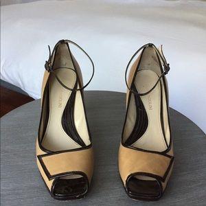 Women heels size 7.5