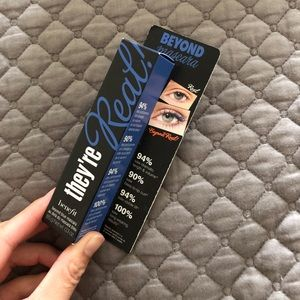 Benefit They're Real Mascara in Blue