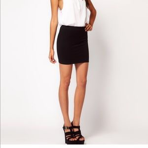 H&M basic black jersey mini skirt sz S