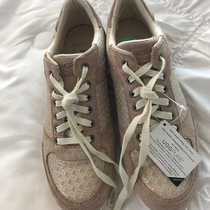 NWT Ugg Lace-Up Sneakers.