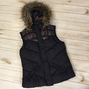 Women S Forever 21 Navy Blue fur hood Puffer vest