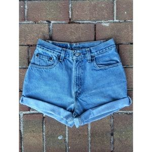 Vintage Levis High Waisted Cuffed Denim Shorts
