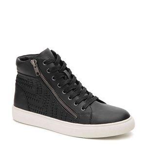 Brand new Steve Madden Sneakers