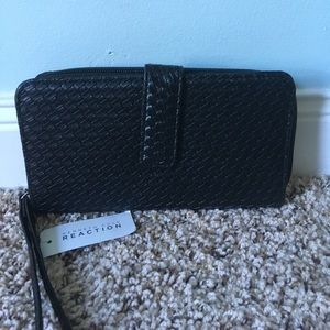 NWT Kenneth Cole reaction wallet wristlet