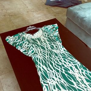 Green and white dress XS