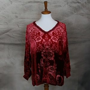 Sundance red velvet burnout ombre blouse LP