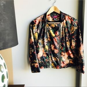 BRAND NEW! Flower Leather Moto Jacket Cropped!