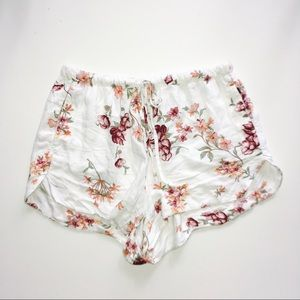 Brandy Melville White Floral Eve Shorts