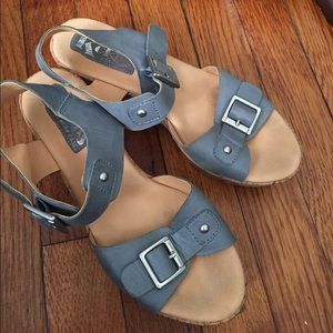 Leather Korks Sandals by Korkease