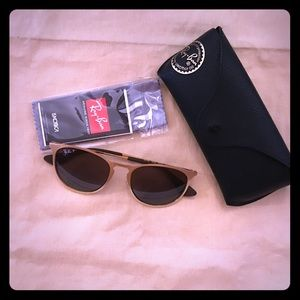 Ray-Ban Gold, Polarized Erica sunglasses