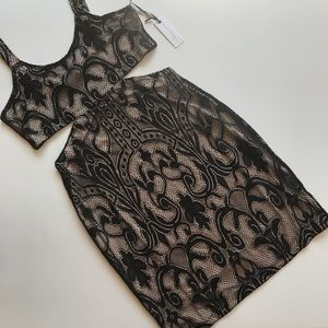 NWT Lovers + Friends Lace Bodycon Dress Cut Out