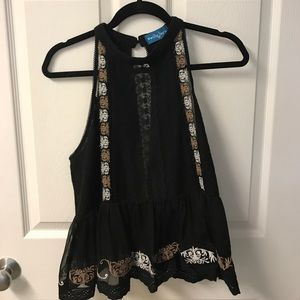 Willy Jays High Neck Lace Detail Tank