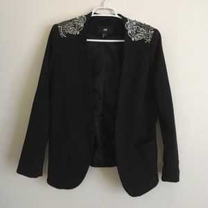 H&M Embellished shoulder blazer