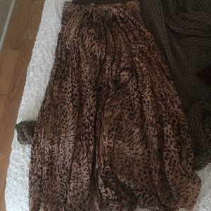 Vintage Flowy Leopard Print Maxi Skirt
