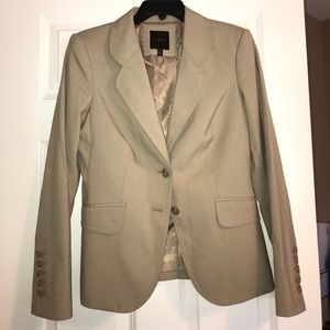The limited lined tan blazer! Size 6! EUC!